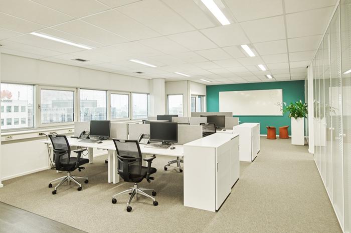 运动装备公司办公室如何装修设计