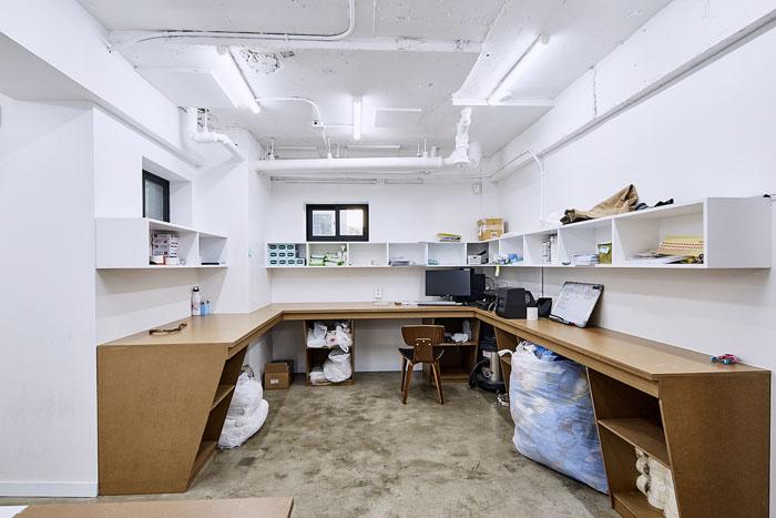 服装厂房办公室独立办公区装修设计效果图