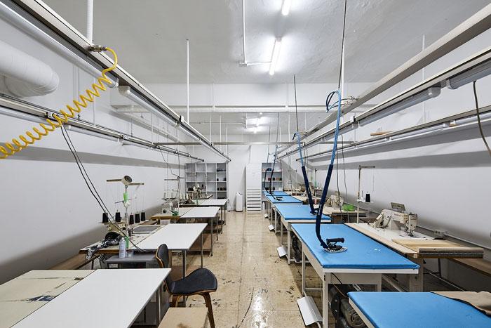 服装厂房办公室制衣间装修设计效果图