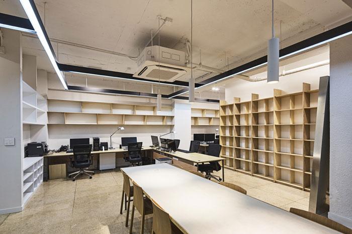 服装厂房办公室办公区装修设计效果图