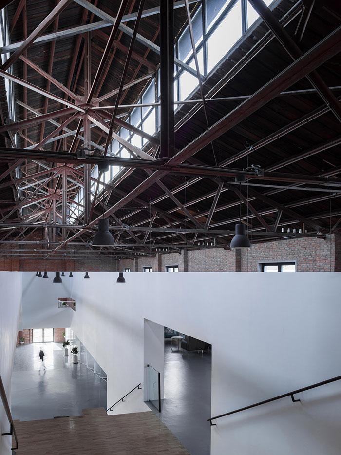 厂房改造办公室楼梯与吊顶装修设计效果图